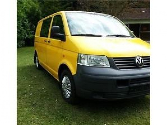 sold vw t5 furgone combi used cars for sale autouncle. Black Bedroom Furniture Sets. Home Design Ideas