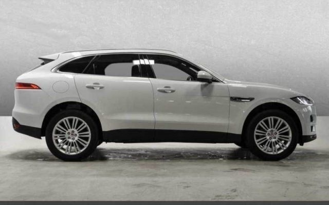 sold jaguar f pace 2 0 d 180 cv aw used cars for sale. Black Bedroom Furniture Sets. Home Design Ideas