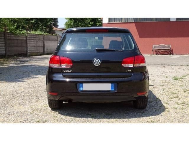 usato 1 2 tsi 5p comfortline 105cv perfetta vw golf vi 2010 km in gallarate va. Black Bedroom Furniture Sets. Home Design Ideas