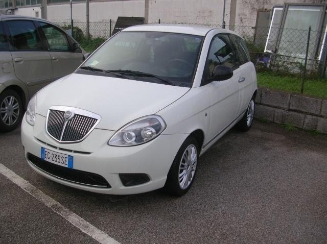 Venduto lancia ypsilon 1 3 mjt 75 cv auto usate in vendita - Lancia diva usata ...