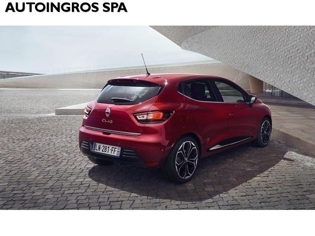 Sold renault clio 1 5 dci 90cv edc used cars for sale for Clio bianco avorio