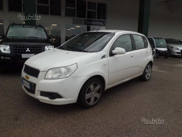 Sold Chevrolet Aveo 12 5 Porte Ls Used Cars For Sale