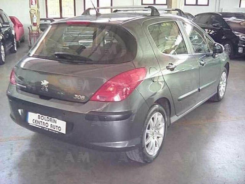 Peugeot 208 1.4 VTi 95 CV 5p. GPL Active usate su Usato ...