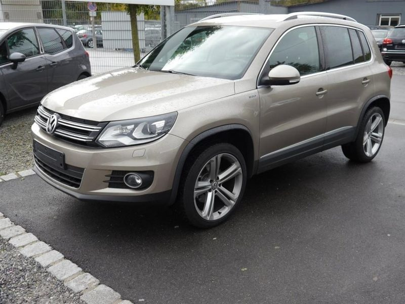 usato 2 0 tdi dpf lounge vw tiguan 2016 km in brunico bz. Black Bedroom Furniture Sets. Home Design Ideas