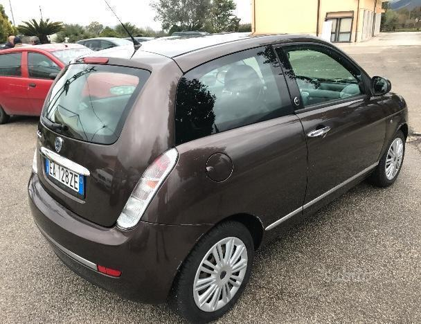 Sold lancia ypsilon 1 4 ecochic gp used cars for sale autouncle - Lancia y diva 2010 ...