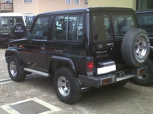 Usato Usata 1992 Toyota Land Cruiser 1992 Km 330 000 In
