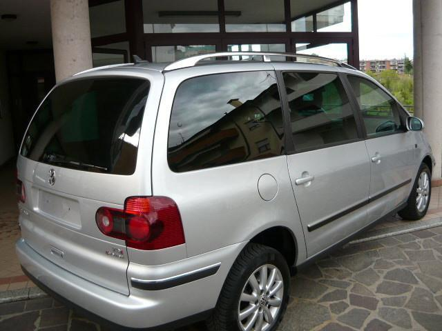 sold vw sharan 1 9 tdi 4motion spo used cars for sale autouncle. Black Bedroom Furniture Sets. Home Design Ideas