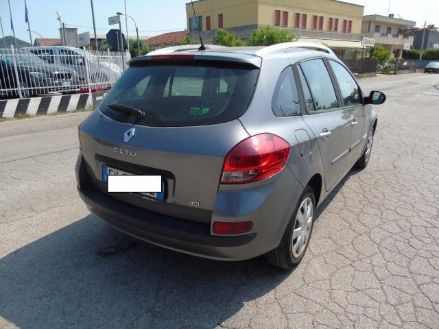 sold renault clio iii 1 5 dci 90cv used cars for sale. Black Bedroom Furniture Sets. Home Design Ideas