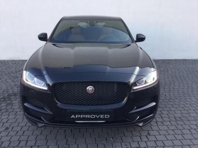 f pace compra jaguar f pace usate 311 auto in vendita autouncle. Black Bedroom Furniture Sets. Home Design Ideas