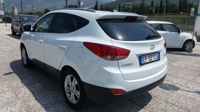 sold hyundai ix35 2 0 gpl 16v 2wd used cars for sale autouncle rh autouncle it user manual hyundai ix35 user manual hyundai ix35