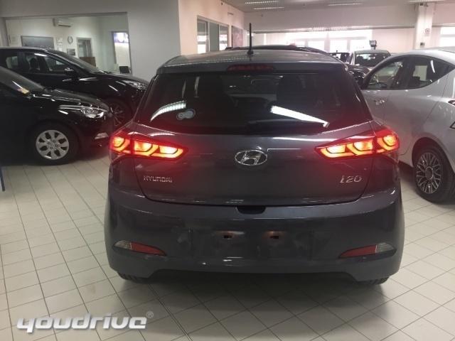 Sold hyundai i20 my2015 garantiam used cars for sale for Macchina da cucire prezzo piu basso