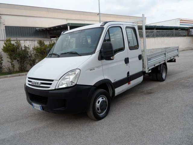 sold iveco daily daily 35c15 doppi used cars for sale autouncle. Black Bedroom Furniture Sets. Home Design Ideas