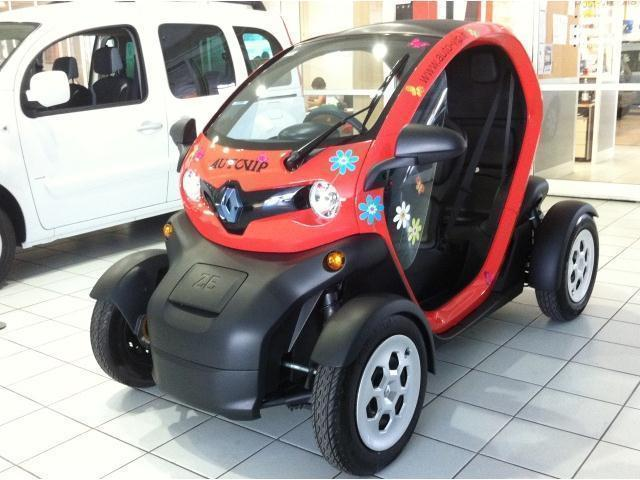 sold renault twizy urban 45 used cars for sale autouncle. Black Bedroom Furniture Sets. Home Design Ideas