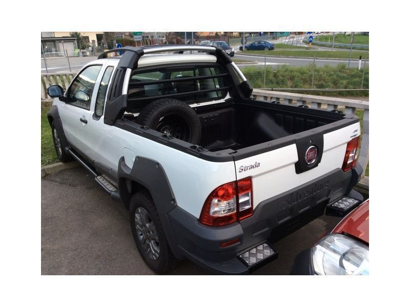 sold fiat strada 1 3 mjt 95cv pick used cars for sale autouncle. Black Bedroom Furniture Sets. Home Design Ideas