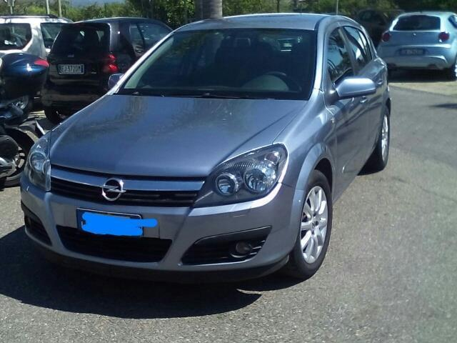 usato 1 7 cdti 5 porte enjoy opel astra 2006 km in comiso rg. Black Bedroom Furniture Sets. Home Design Ideas