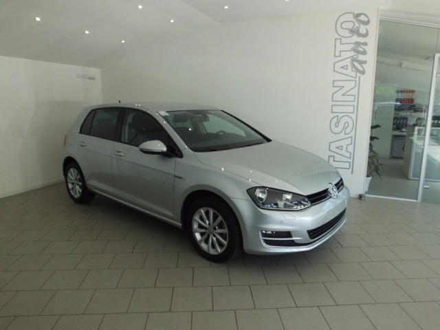 sold vw golf 1 6 tdi 110 cv 5p bl used cars for sale autouncle. Black Bedroom Furniture Sets. Home Design Ideas