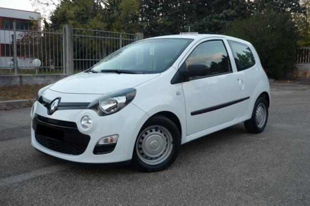 sold renault twingo 1 5 dci 75 cv used cars for sale autouncle. Black Bedroom Furniture Sets. Home Design Ideas