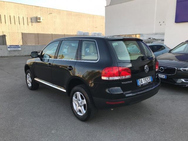 usato 3 0 v6 tdi dpf tiptronic vw touareg 2005 km in modena. Black Bedroom Furniture Sets. Home Design Ideas