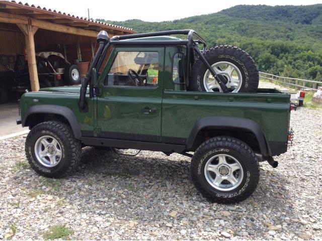 sold land rover defender 90 2 5 td used cars for sale autouncle. Black Bedroom Furniture Sets. Home Design Ideas