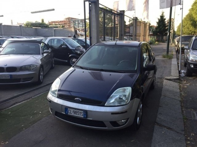 sold ford fiesta 1 4 tdci 3p ghia used cars for sale autouncle. Black Bedroom Furniture Sets. Home Design Ideas