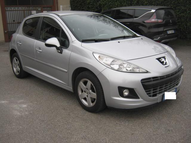 sold peugeot 207 1 4 vti 95cv 5p used cars for sale autouncle. Black Bedroom Furniture Sets. Home Design Ideas