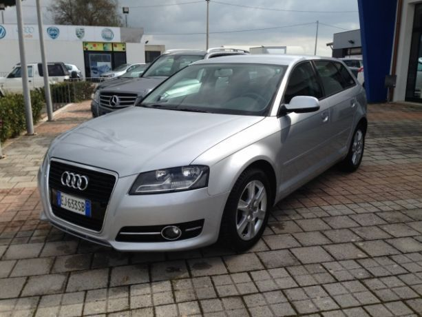 sold audi a3 1 6 tdi 105 cv used cars for sale autouncle. Black Bedroom Furniture Sets. Home Design Ideas