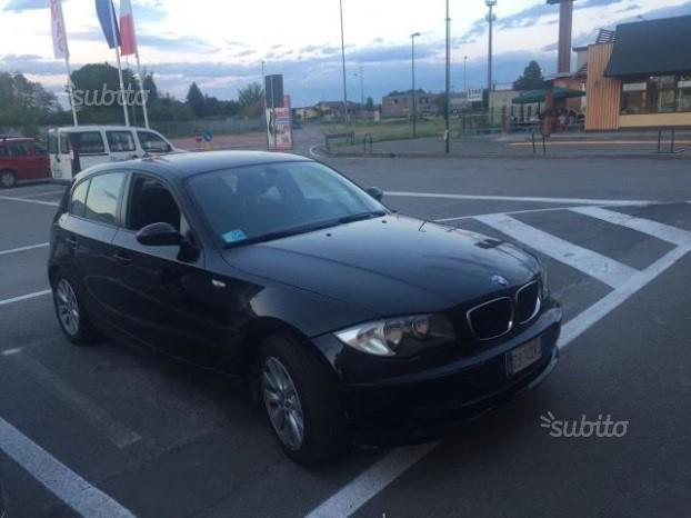 sold bmw 118 serie 1 d 122 cv entr used cars for sale autouncle. Black Bedroom Furniture Sets. Home Design Ideas
