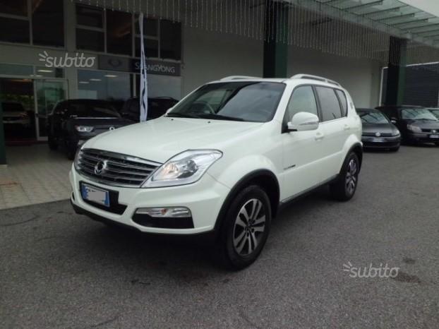 Usato usata 2013 ssangyong rexton 2013 km in for Subito udine auto