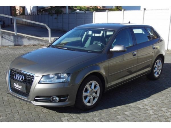 usato spb 1 6 tdi 105 cv cr ambition audi a3 2012 km in porto mantovano. Black Bedroom Furniture Sets. Home Design Ideas