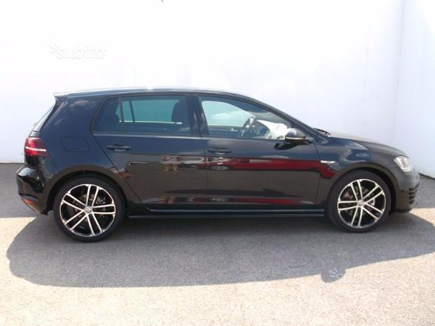 sold vw golf vii gtd dsg xenon cer used cars for sale. Black Bedroom Furniture Sets. Home Design Ideas