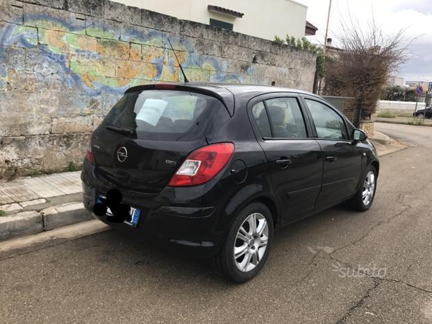 Prova Opel Corsa scheda tecnica opinioni e dimensioni 1.3 ...