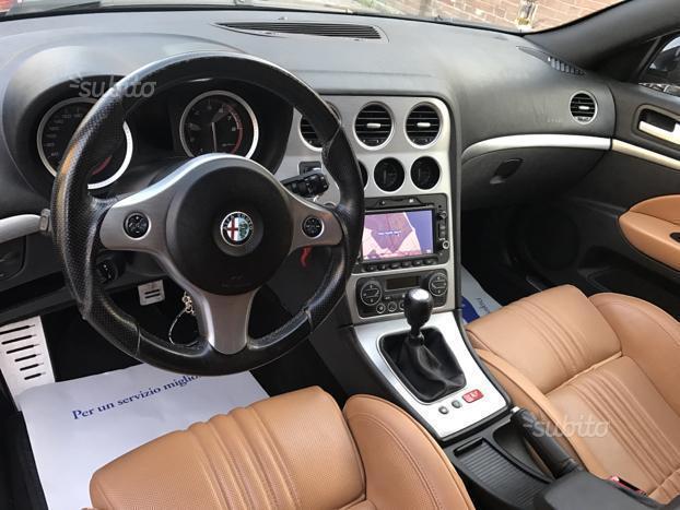 Venduto Alfa Romeo 159 3 2 Jts V6 24v Auto Usate In Vendita