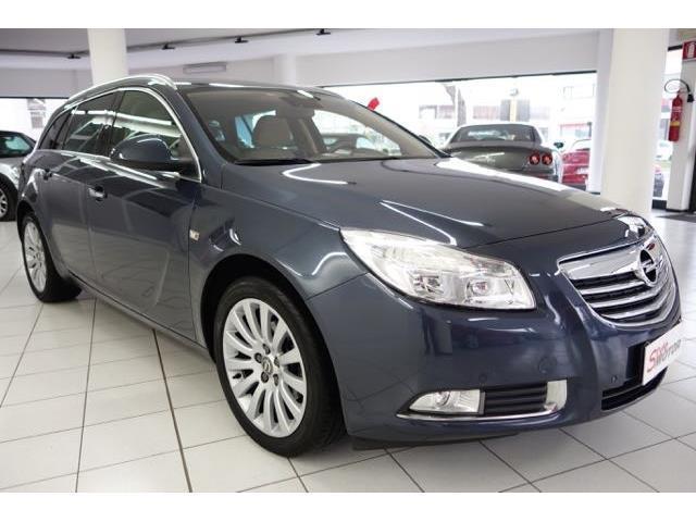 Schemi Elettrici Opel Insignia : Sold opel insignia cdti sw aut used cars for sale
