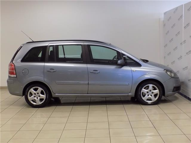 sold opel zafira 1 9 cdti 120cv en used cars for sale autouncle. Black Bedroom Furniture Sets. Home Design Ideas