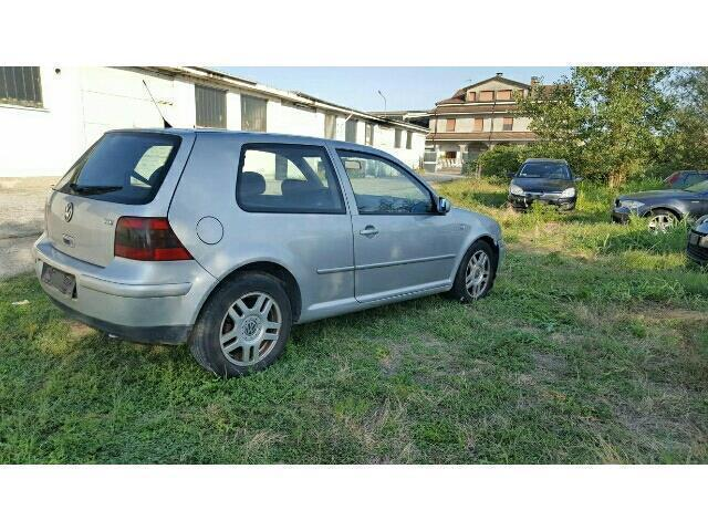 sold vw golf 1 9 tdi 110 cv cat 3p used cars for sale autouncle. Black Bedroom Furniture Sets. Home Design Ideas