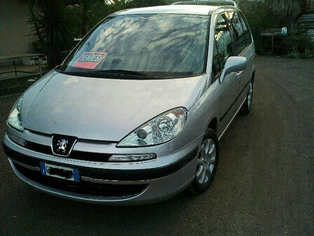 sold peugeot 807 2 2 hdi fap sv used cars for sale autouncle. Black Bedroom Furniture Sets. Home Design Ideas