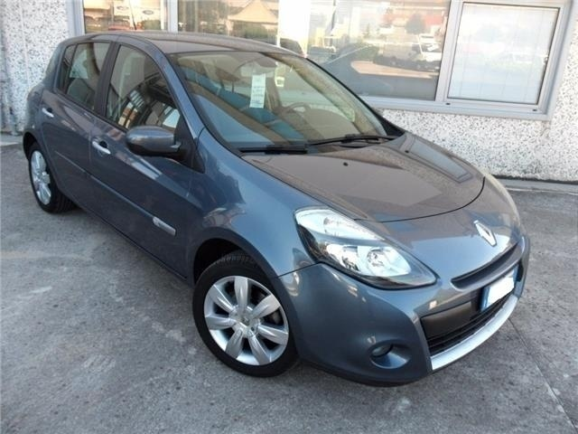 sold renault clio 1 5 dci 85cv 5 p used cars for sale. Black Bedroom Furniture Sets. Home Design Ideas