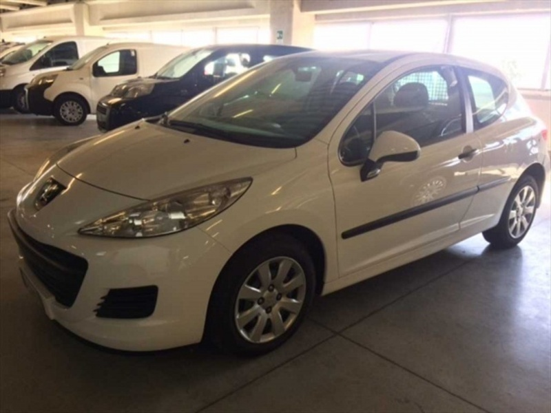 sold peugeot 207 1 4 hdi 70cv fap used cars for sale autouncle. Black Bedroom Furniture Sets. Home Design Ideas