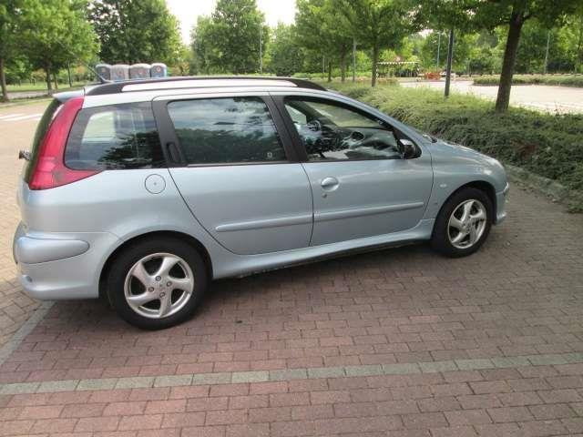 sold peugeot 206 2 0 hdi sw s used cars for sale autouncle. Black Bedroom Furniture Sets. Home Design Ideas
