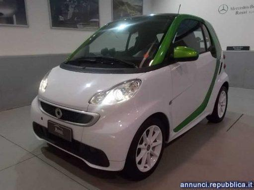 sold smart fortwo electric drive s used cars for sale autouncle. Black Bedroom Furniture Sets. Home Design Ideas