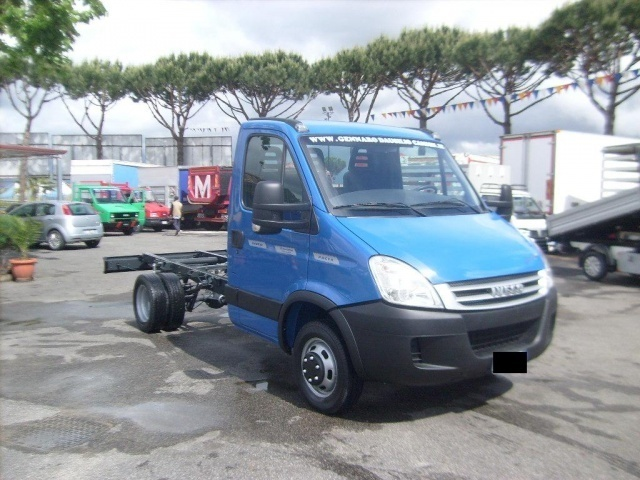 sold iveco daily daily 35c15 telai used cars for sale autouncle. Black Bedroom Furniture Sets. Home Design Ideas