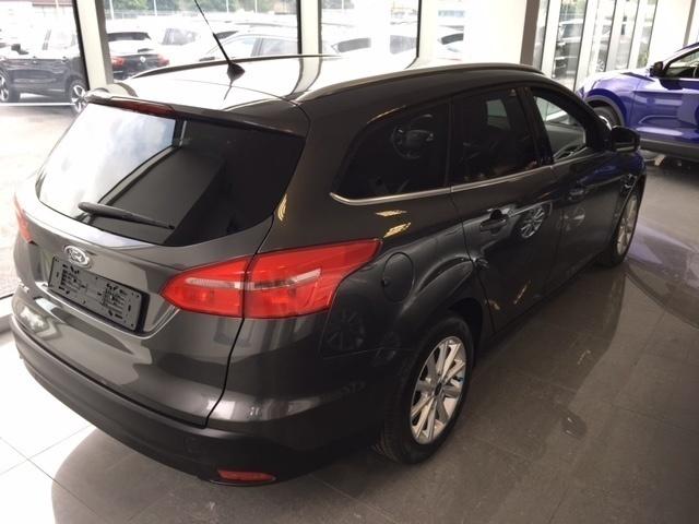 sold ford focus 1 5 tdci 120 cv st used cars for sale. Black Bedroom Furniture Sets. Home Design Ideas