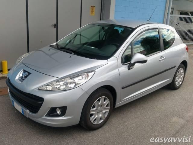 sold peugeot 207 1 4 8v 75cv 3p x used cars for sale autouncle. Black Bedroom Furniture Sets. Home Design Ideas