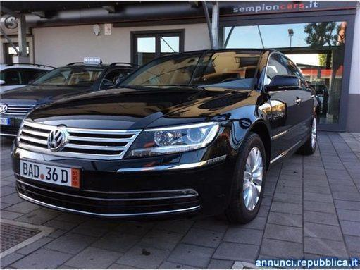 venduto vw phaeton 3 0 tdi 240cv dpf auto usate in vendita. Black Bedroom Furniture Sets. Home Design Ideas