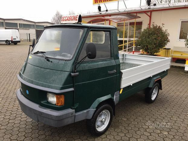 sold piaggio ape poker diesel cc 4 used cars for sale. Black Bedroom Furniture Sets. Home Design Ideas
