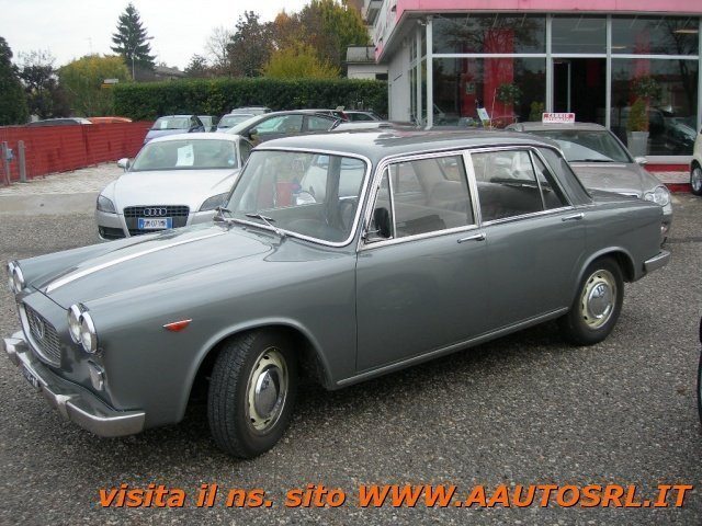 https://images.autouncle.com/it/car_images/543a6b27-1830-43cc-879b-9b921fb9d762_lancia-flavia-1500-berlina-1962-da-vetrina.jpg