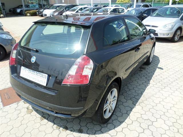sold fiat stilo 1 9 jtd 3 porte ac used cars for sale autouncle. Black Bedroom Furniture Sets. Home Design Ideas