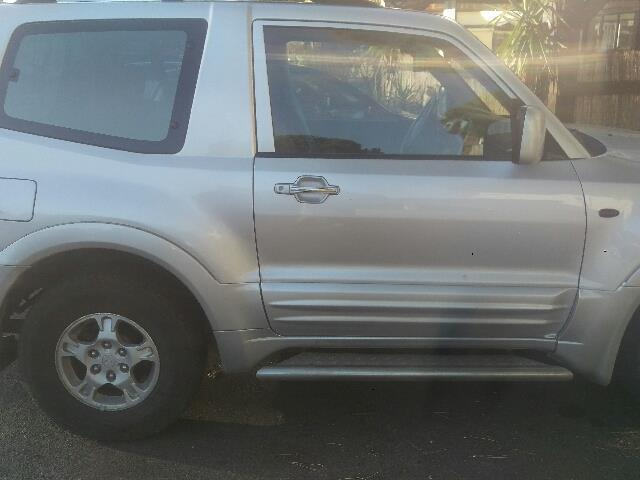 sold mitsubishi pajero 3 2 16v di used cars for sale autouncle. Black Bedroom Furniture Sets. Home Design Ideas