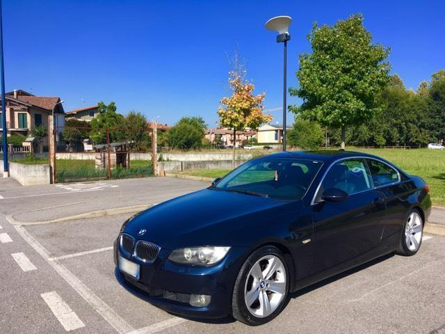 sold bmw 330 330 coupe msport used cars for sale autouncle. Black Bedroom Furniture Sets. Home Design Ideas