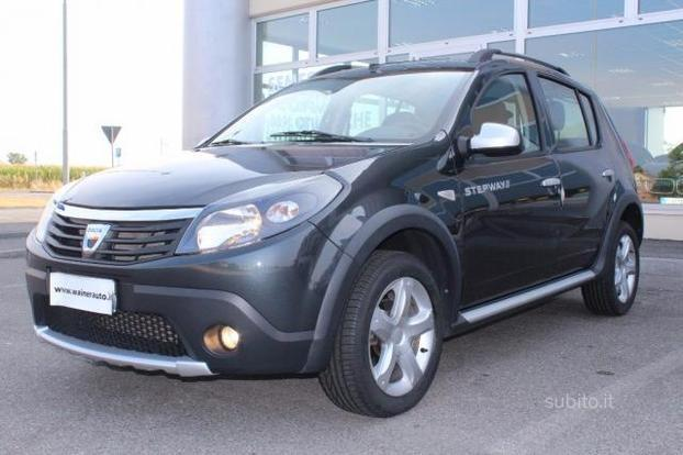 sold dacia sandero stepway 1 6 8v used cars for sale autouncle. Black Bedroom Furniture Sets. Home Design Ideas
